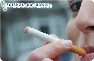 Addio catrame e maleodore, la nuova moda è la sigaretta elettronica